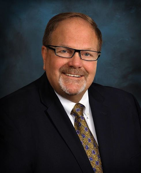 Bill Dickey honored as Outstanding Philanthropist by the Association of Fundraising Professionals