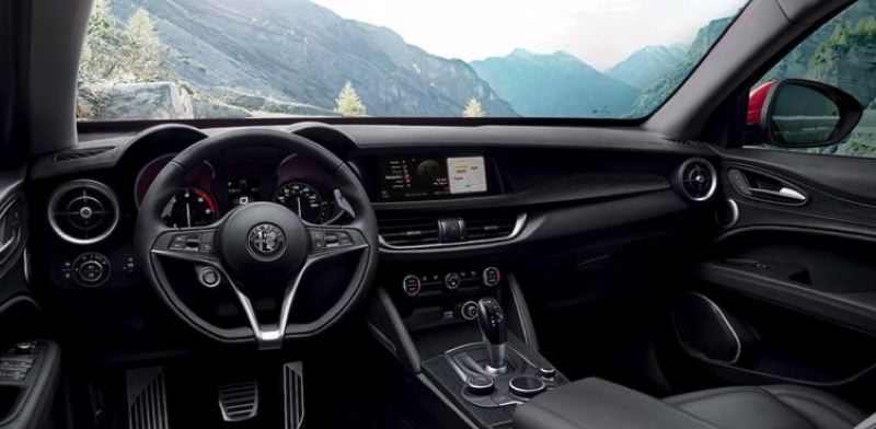 COURTESY FCA - The interior of the Alfa Romeo Stelvio Q4 is simple and clean.