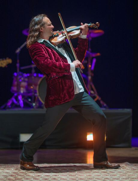 Aaron Meyer Rock Orchestra will hold their annual Holiday Concert Dec. 19-21