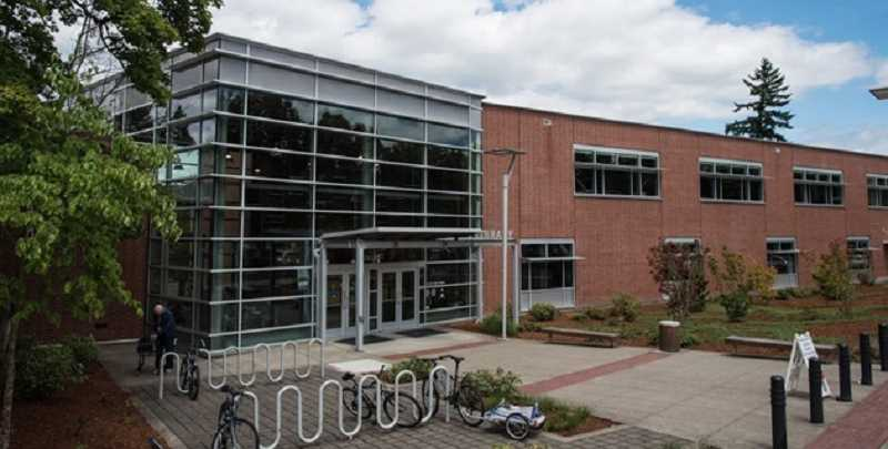 Tigard library reduces hours on weekdays, adds two hours on Sundays