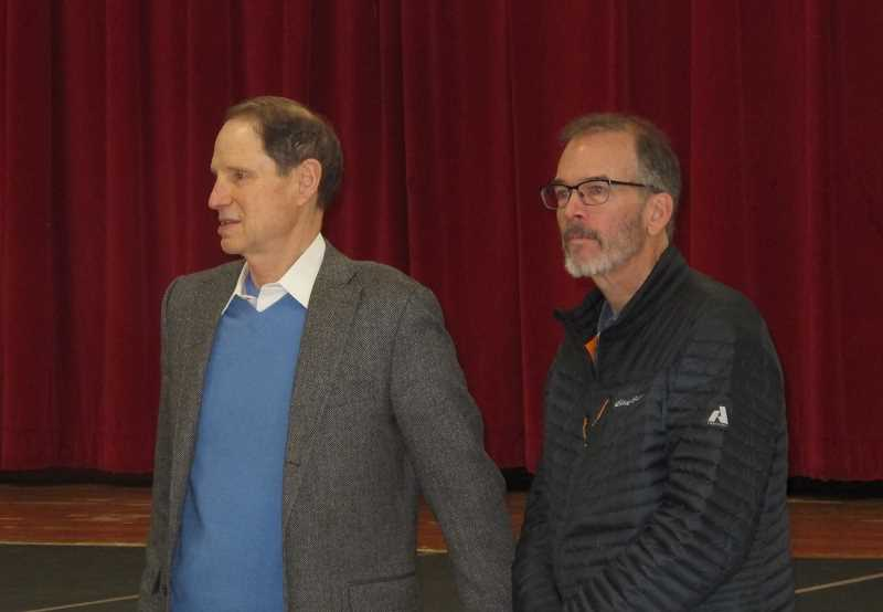 PMG PHOTOS: BILL GALLAGHER - Senator Ron Wyden was introduced by Commissioner Nick Fish at his town hall at Robert Gray Middle School in November.