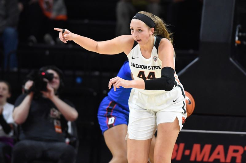COURTESY PHOTO: OREGON STATE UNIVERSITY - Taylor Jones, 6-4, is one of two freshman front-court players with key roles this season for the undefeated Oregon State Beavers.