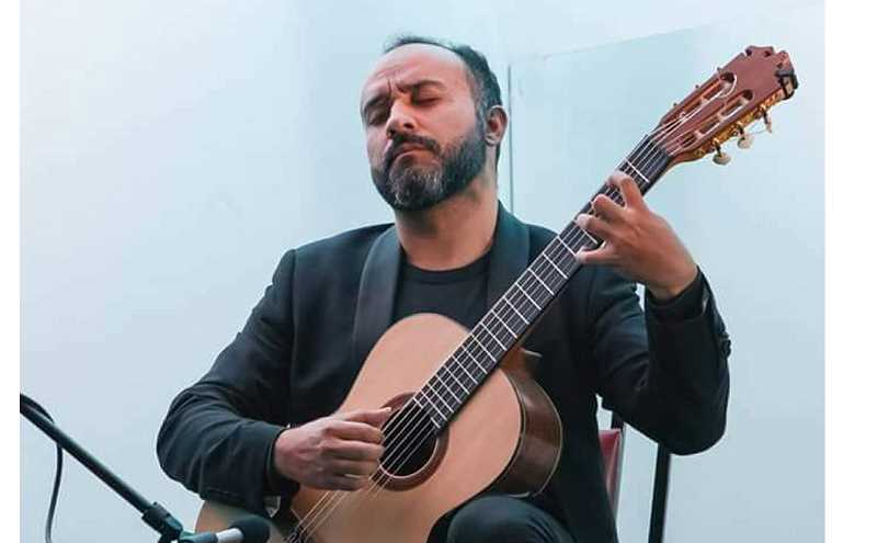 COURTESY PHOTO - 'Siempre La Guitarra' a classical guitar series in Oregon City, begins its 2020 season at 7 p.m. on Jan. 17 with a concert from Chilean guitar master Francisco Salazar at Clackamas Community College. For more information and tickets, visit siemprelaguitarra.com.