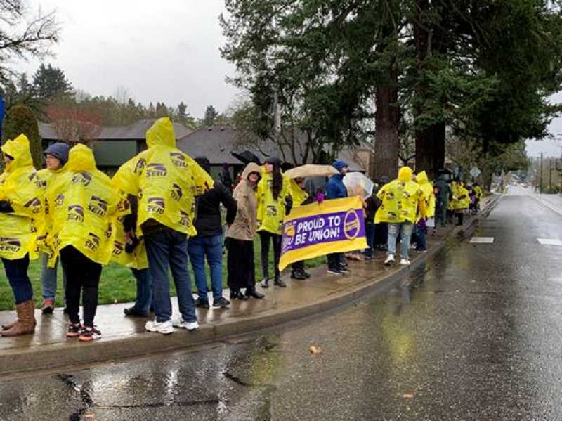 Providence Milwaukie Hospital workers protest