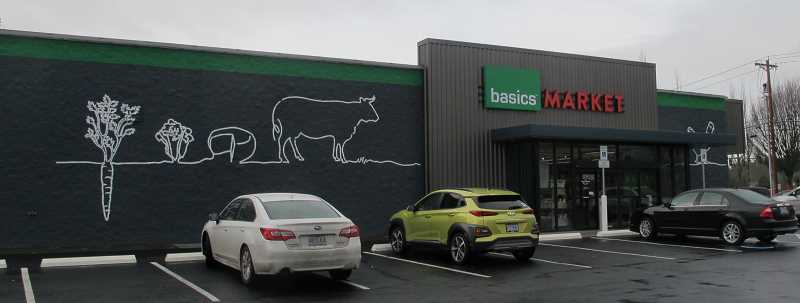 PMG PHOTO: BILL GALLAGHER - The latest Basics Market to open in the Portland area is located in Tualatin.