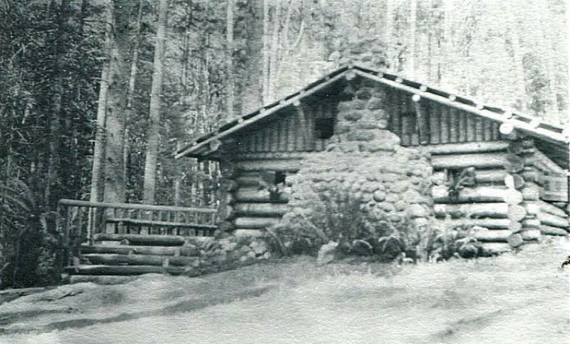 COURTESY PHOTO: BILL WHITE - This is the handsome log home with its river rock chimney that Hallard Baileys father built for his family in 1911 in the Zigzag area, near todays Bailey Road.