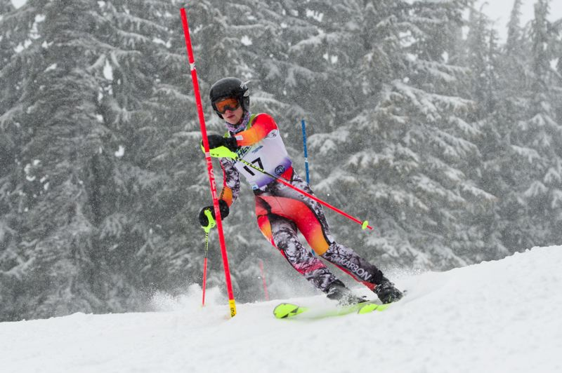 COURTESY PHOTO: MIKE JULIANA - Emily Sverdrup helped the Tigard High School girls ski team finish in first place in the Metro League slalom race held Feb. 8.