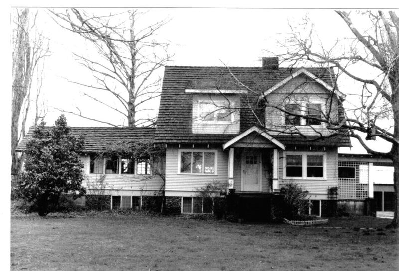 This lovely country home in Troutdale was the scene of a murder investigation 100 years ago. The historic house, across from Reynolds High School, was demolished recently to make way for a new subdivision.