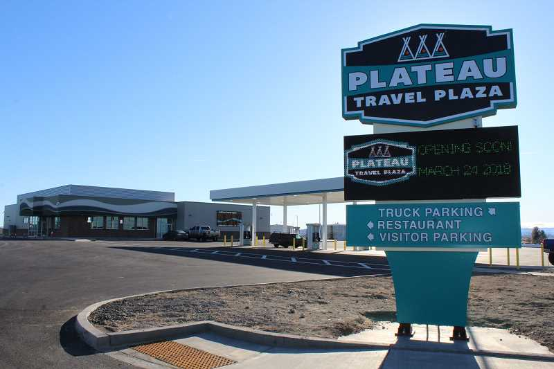 HOLLY M. GILL/MADRAS PIONEER - The Plateau Travel Plaza, owned by the Confederated Tribes of Warm Springs, is serving to-go orders, and Indian Head Casino is closed.