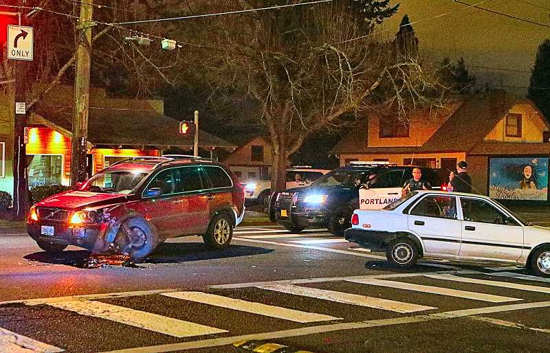 52nd Avenue crash smashes two cars; no injuries