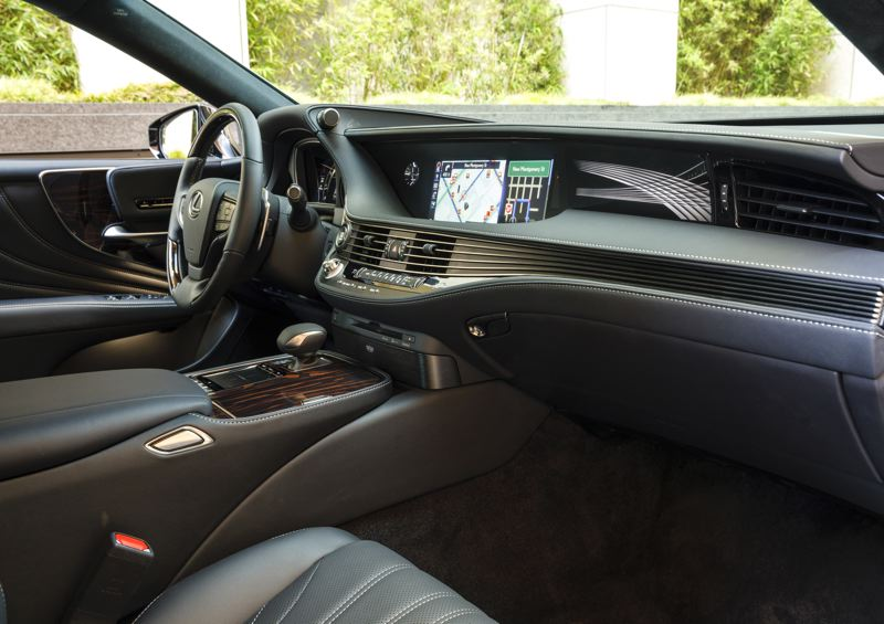 TOYOTA MOTOR CORPORATION - The organic interior design of the 2020 Lexus LS 500 contrasts with the sharp exterior lines.