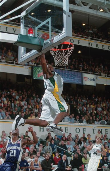 PHOTO COURTESY: UNIVERSITY OF OREGON ATHLETICS - Barlow Highs Freddy Jones led the Bruins to the state semifinals in the 1996-97 season with a 25-2 record before going on to an NBA career spent mostly with the Indiana Pacers.