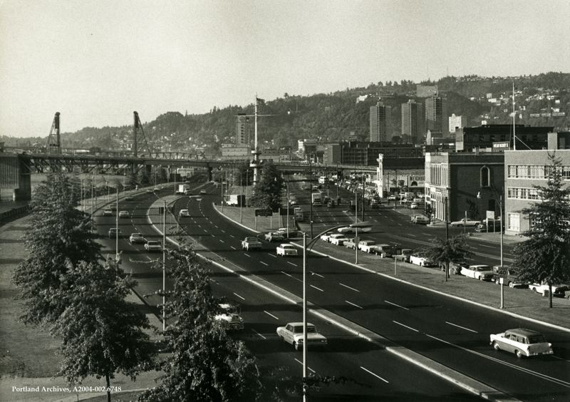 COURTESY: PORTLAND CITY AUDITOR - Harbor Drive in downtown Portland circa 1968.