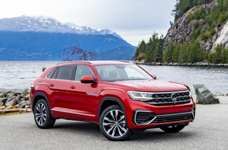 VOLKSWAGEN OF AMERICA - The 2020 VW Atlas Cross Sport is a handsome two-row midsize crossover based on the popular three-row Atlas that was introduced a couple of years ago.