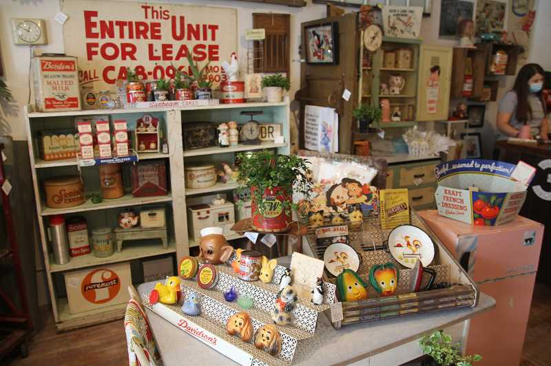 PMG PHOTO: JUSTIN MUCH - A keen eye for displaying merchandise is a valuable skill in the antique business. Three Daisies Vintage recently opened its doors in Aurora.