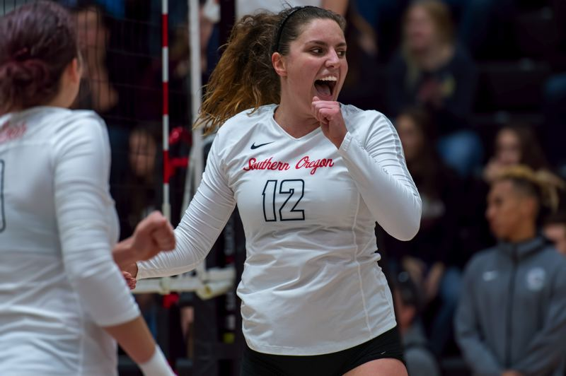 COURTESY PHOTO: AL CASE/SOUTHERN OREGON ATHLETICS - Taylor Ristvedt, a Cleveland High graduate, had plenty to smile about during her standout volleyball career at Southern Oregon