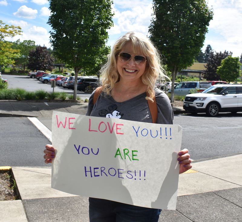 PMG PHOTO: TERESA CARSON - Lisa Jennings wanted to show law enforcement some love.