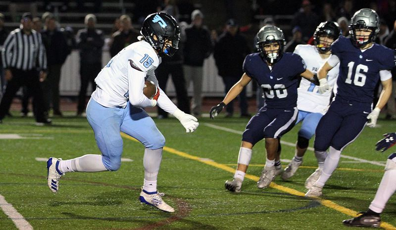 PMG PHOTO: MILES VANCE - Lakeridge's Tyeson Thomas and the Pacers played their way into the Class 6A state quarterfinals a year ago and hope to return to competition this fall.