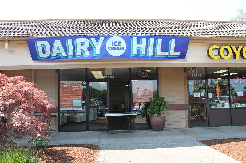 PMG PHOTO - Dairy Hill opened in West Linn's Robinwood Shopping Center, in the space recently vacated by Baskin-Robbins.