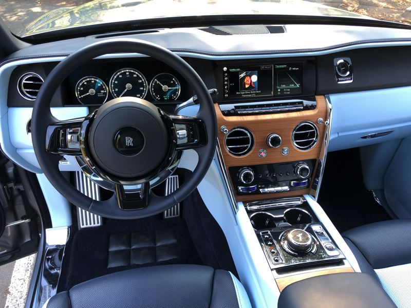 PMG PHOTO: JEFF ZURSCHMEIDE - The 2021 Cullinan is about comfort, but it's also a leader in connectivity and technology, implemented in the grand style you expect from Rolls-Royce.