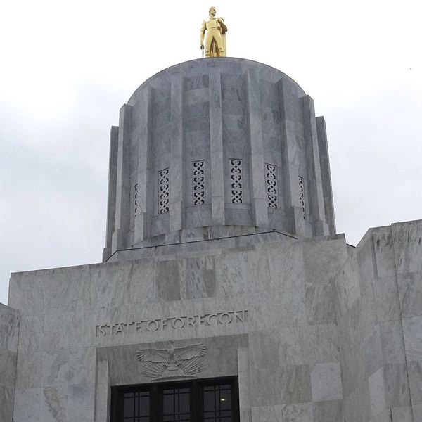 Oregon lawmakers close out a long day's special session
