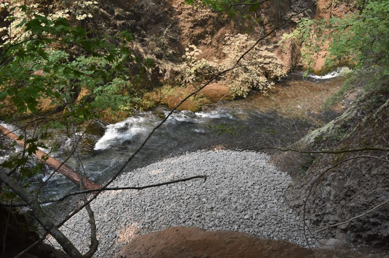 COURTESY PHOTO: PORTLAND GENERAL ELECTRIC - A PGE projects brings gravel to the Oak Grove fork of the Clackamas River every year to create habitats for fish.