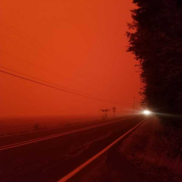 COURTESY PHOTO: JENNIFER SATTER - The skies in Molalla are red and thick with smoke on the afternoon of Wednesday, Sept. 9.