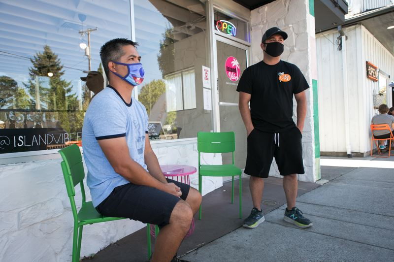 PMG PHOTO: JAIME VALDEZ - Brothers Sam and Mike Marshall opened the smoothie shop Island Vibe in the midst of the pandemic.