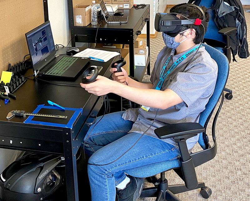 Columbia Works teaches interns virtual reality tech, robotics and video production
