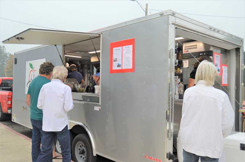 PMG PHOTO: CINDY FAMA - Arlene's Cuisine, a food truck business out of Aurora, visits Colton Thursday Sept. 17 to feed those returning after evacuation due to the Clackamas County wildfires.
