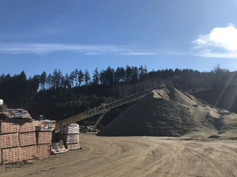 COURTESY PHOTO: OREGON DEPARTMENT OF ENVIRONMENTAL QUALITY - A 3,000-ton pile of asphalt shingle waste illegally stored at Westside Rock Hayden Quarry, in the community of Blooming south of Cornelius.