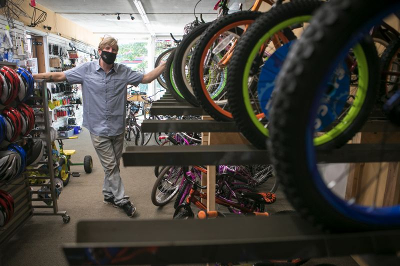 Pamplin Media Group - WashCo Bikes pedals on after burglary, adapts to pandemic