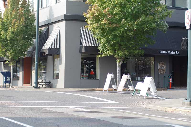 PMG PHOTO: WADE EVANSON - The Old Town Vault Bar & Grill on Pacific Avenue and Main Street recently closed its doors.