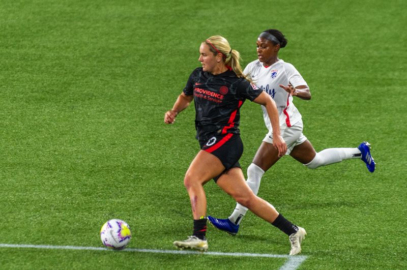 PMG PHOTO: DIEGO G. DIAZ - Lindsay Horan and the Portland Thorns were a step ahead of the competition during the NWSL Fall Series, including in this Sept. 30 match against OL Reign. The hope is strides made in 2020 will help the club in 2021.