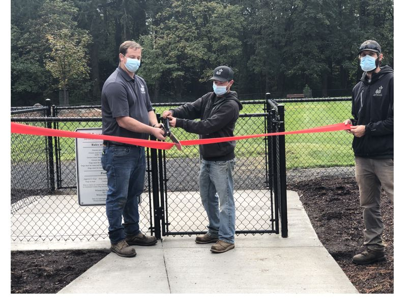 Memorial Park for dogs opens