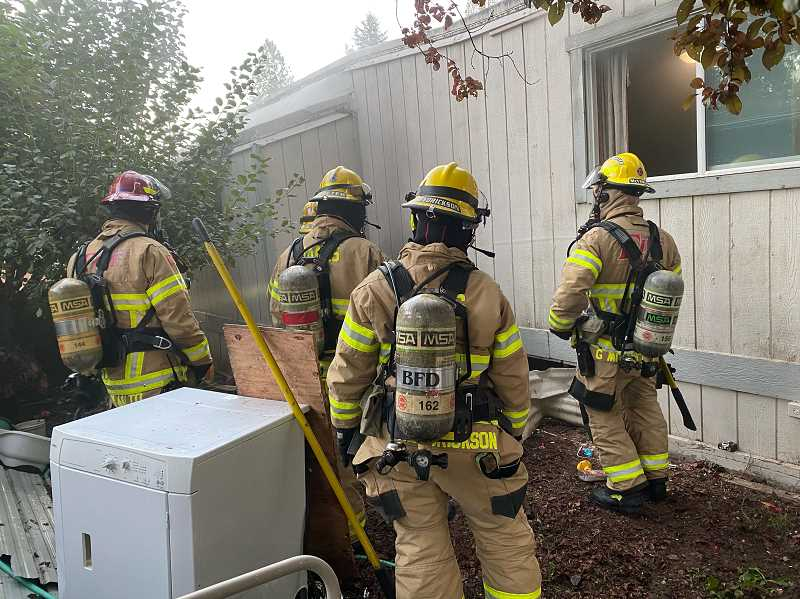 Forest Grove fire leaves eight occupants without home