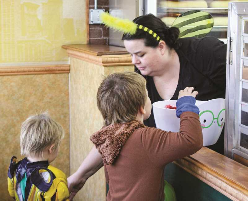 CENTRAL OREGONIAN - A tradition in Prineville every Halloween, the Chamber of Commerce-hosted Candy Crawl will again invite families to trick or treat at local businesses.