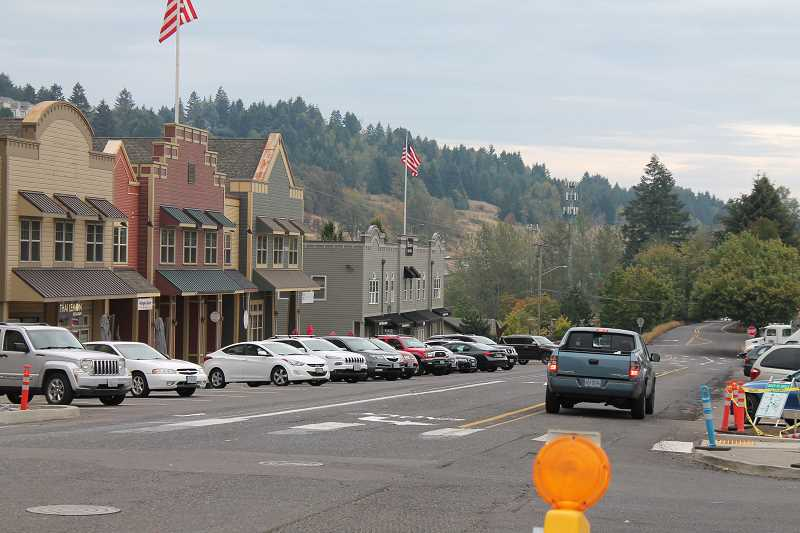 PMG PHOTO: HOLLY BARTHOLOMEW - In August, the city began striping back-in parking spots on Willamette Falls Drive.