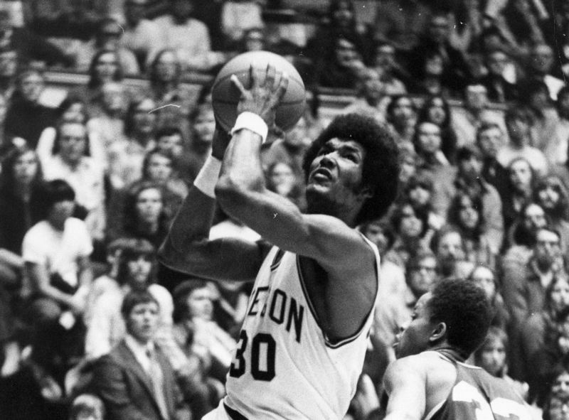 COURTESY PHOTO: OREGON ATHLETIC COMMUNICATIONS - Ron Lee starred at Oregon from 1972-76, then was the No. 10  pick in the 1976 NBA Draft by Phoenix.