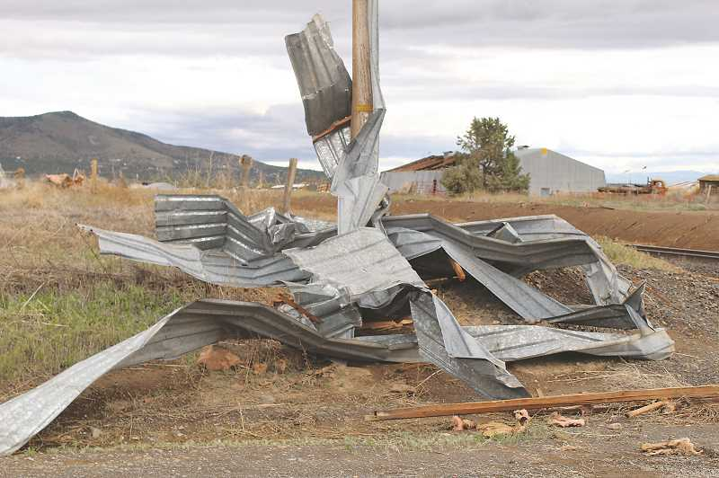 TONY AHERN/MADRAS PIONEER