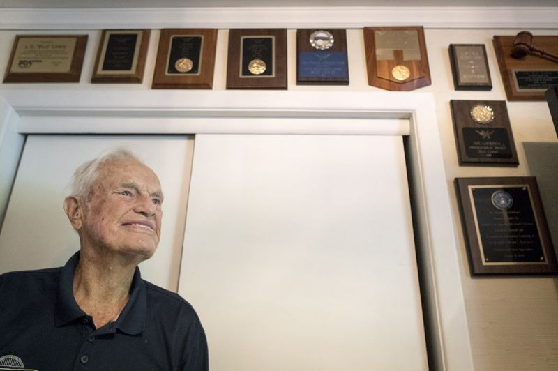 PMG PHOTO: JAIME VALDEZ - Bud Lewis has won acclaim and commendations from many people in life, including from many at the Multnomah Athletic Club. He competed in decathlons for many years, and still exercises by swimming laps and more. He often 'holds court' with other members.