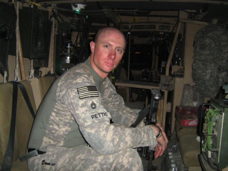 COURTESY PHOTO - Eric Pettis served in the Marine Corps from 1993-1997 then joined the Oregon National Guard in 1998.