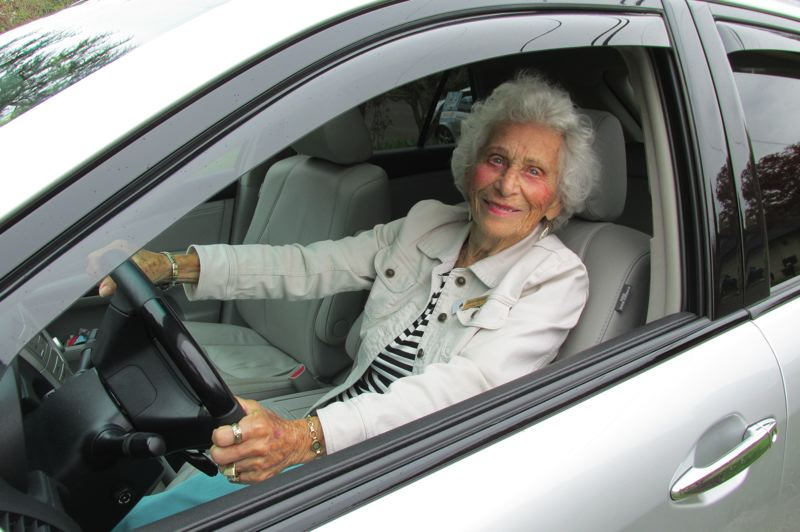 PMG FILE PHOTO: JASON VONDERSMITH - Longtime Portlander Eleanore Rubinstein died at age 107 1/2, but not before taking from life all it had to offer, including playing golf, driving and wearing bathing suits past the age of 100.