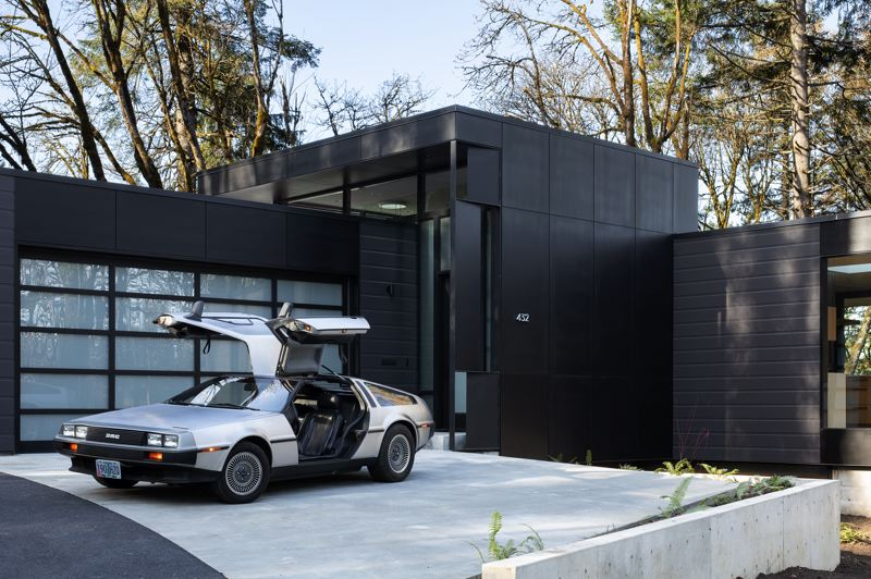 PHOTO: JEREMY BITTERMANN / JBSA - William / Kaven Architecture has won the 2020 Architecture MasterPrize for their Royal home project on Royal Boulevard in the West Hills. The new owners relocated from New York City during the COVID-19 pandemic because they can work from anywhere. The house faces the forest.