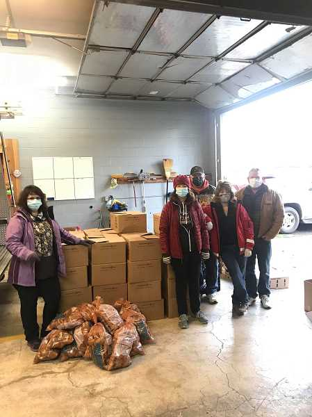Colton nonprofit delivers on Thanksgiving, ramps up for Christmas giving