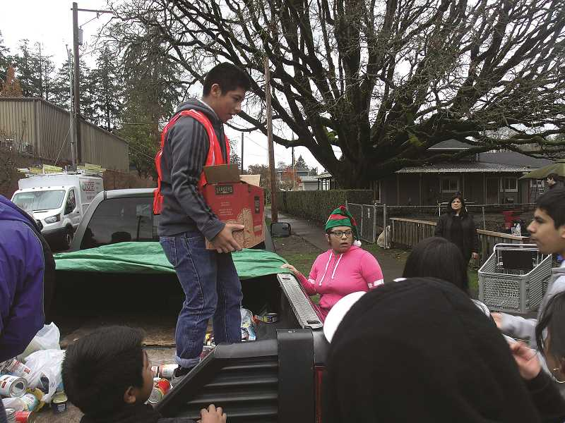 Firefighters team up with Love Santa Inc.