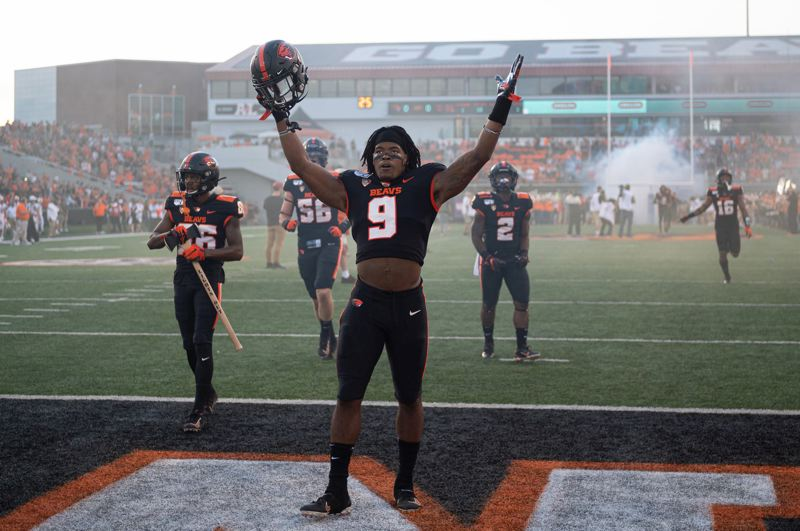 PMG FILE PHOTO - Oregon State linebacker Hamilcar Rashed Jr., a senior who would have been eligible to play next season, has instead opted to head to the NFL.