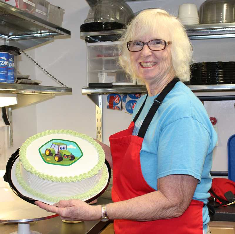 HOLLY SCHOLZ/