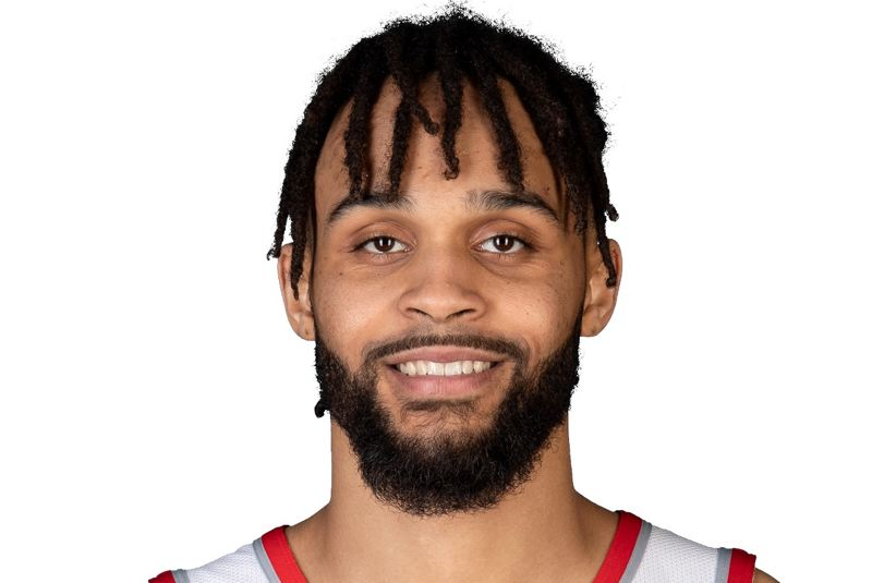 Gary Trent Jr. had 16 points to help Portland escape with a win at Washington.