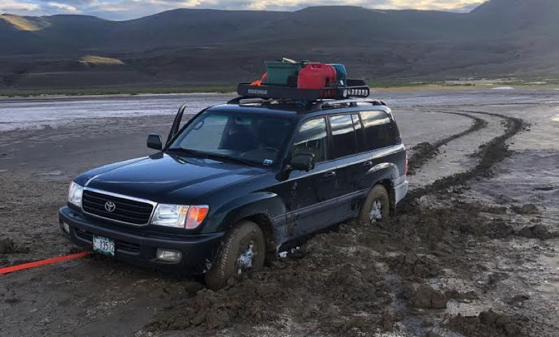 Photo of truck stranded in Southern Oregon